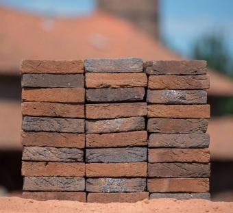 Кирпич ручной формовки Vogelensangh Steenfabriek Rosta sintered medium dark brown